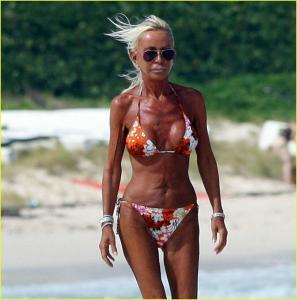 Donatella Versace tummy tuck